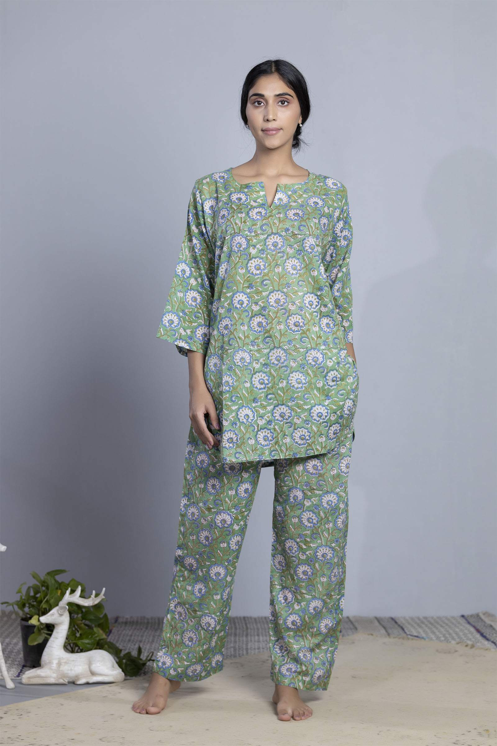 Peacock Valley Voil Night Suit