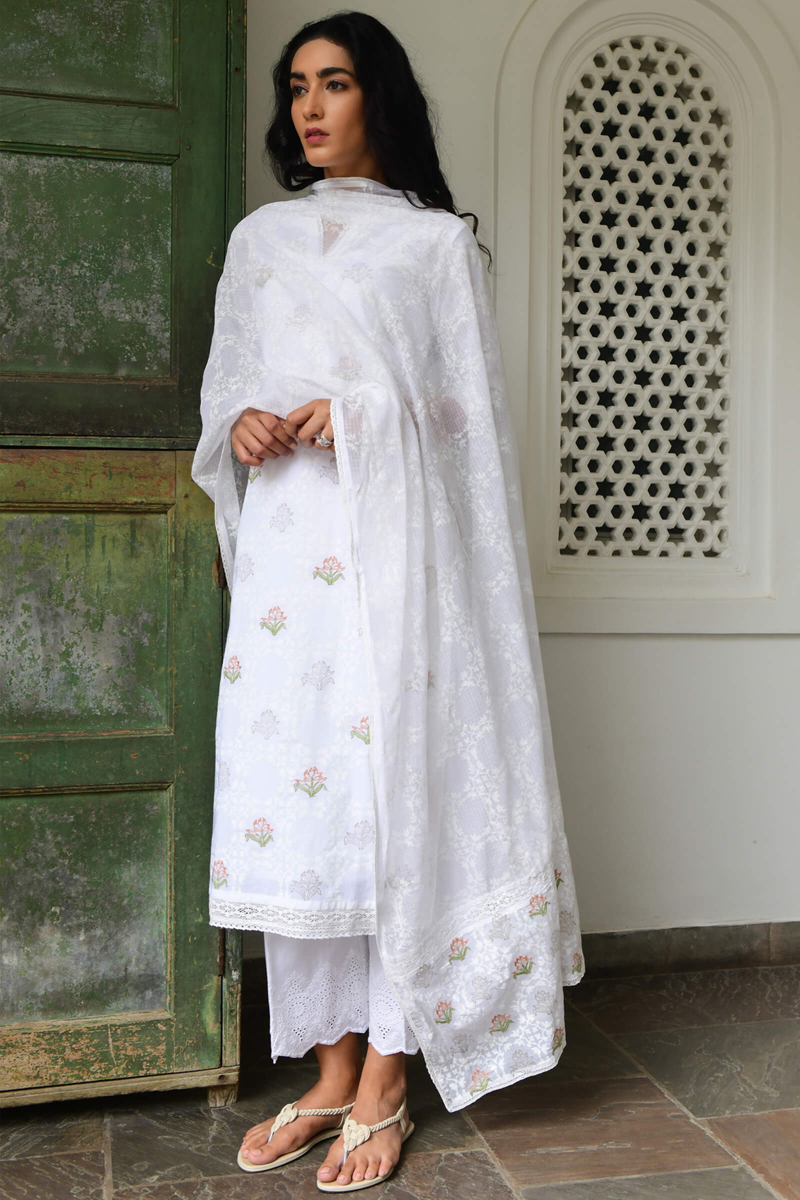 Suzani In White Dupatta