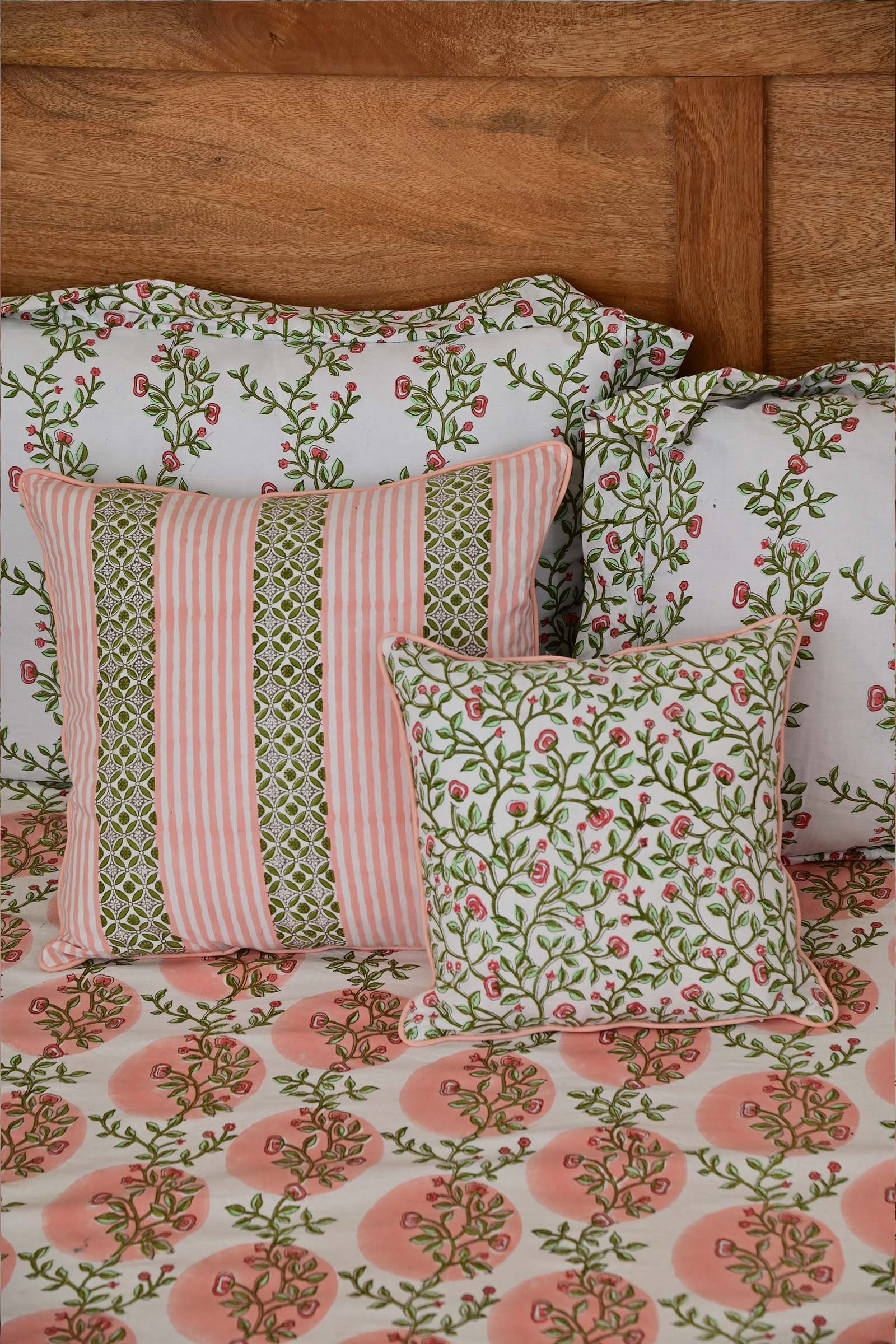 Blooming Trail 16*16 Cushion Cover