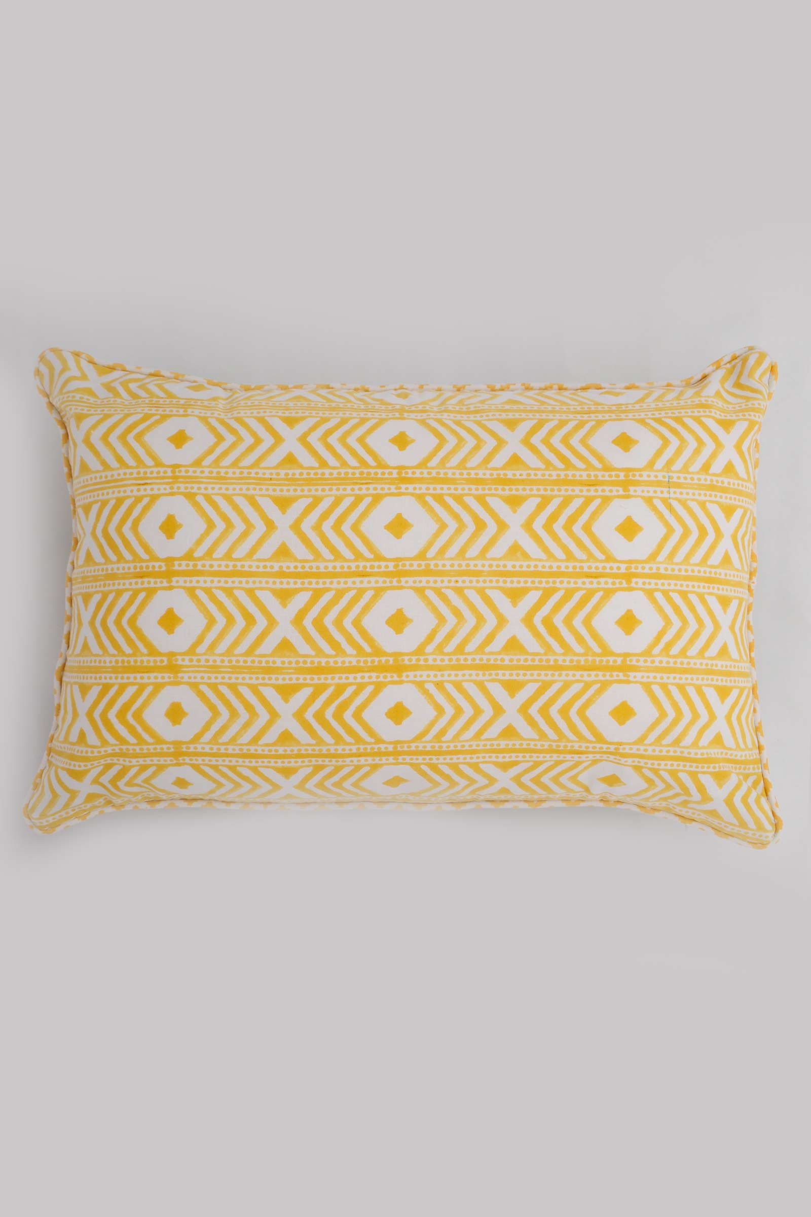 Perozah Jaal Cushion Cover