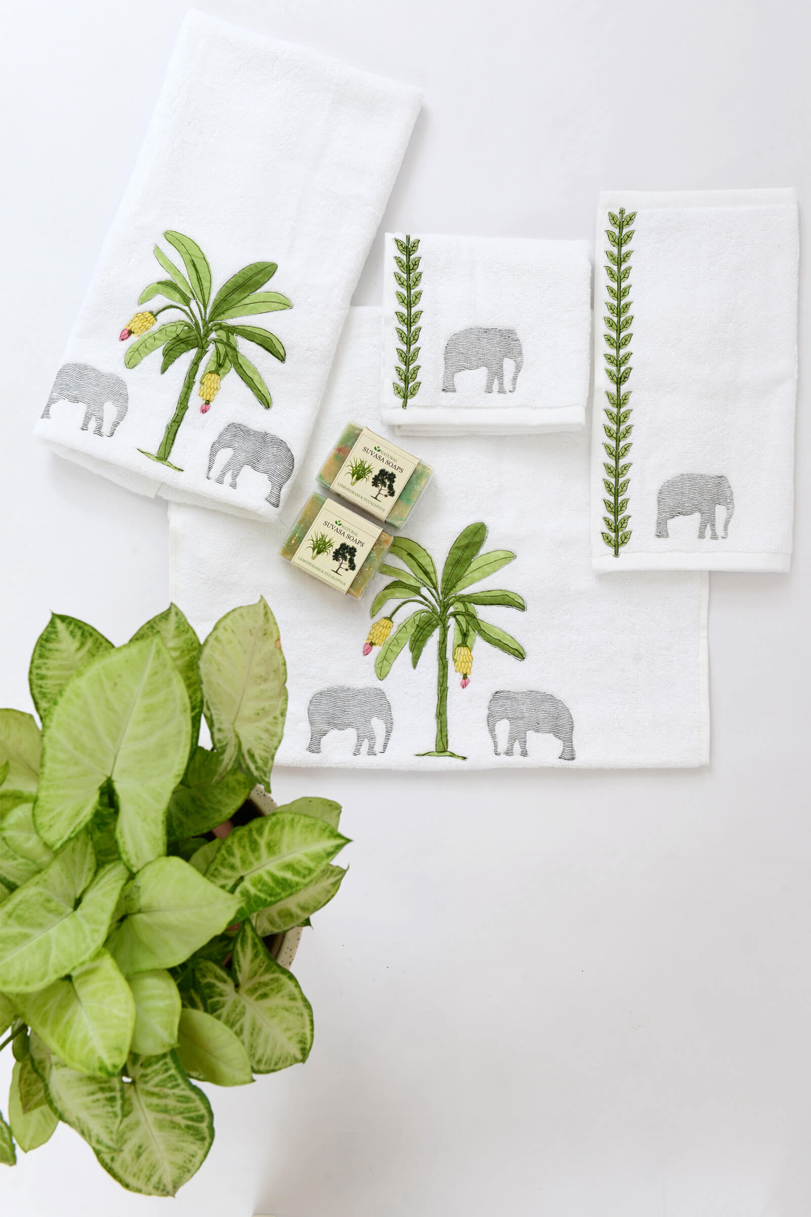 Thekkady hand towel (set of 2)