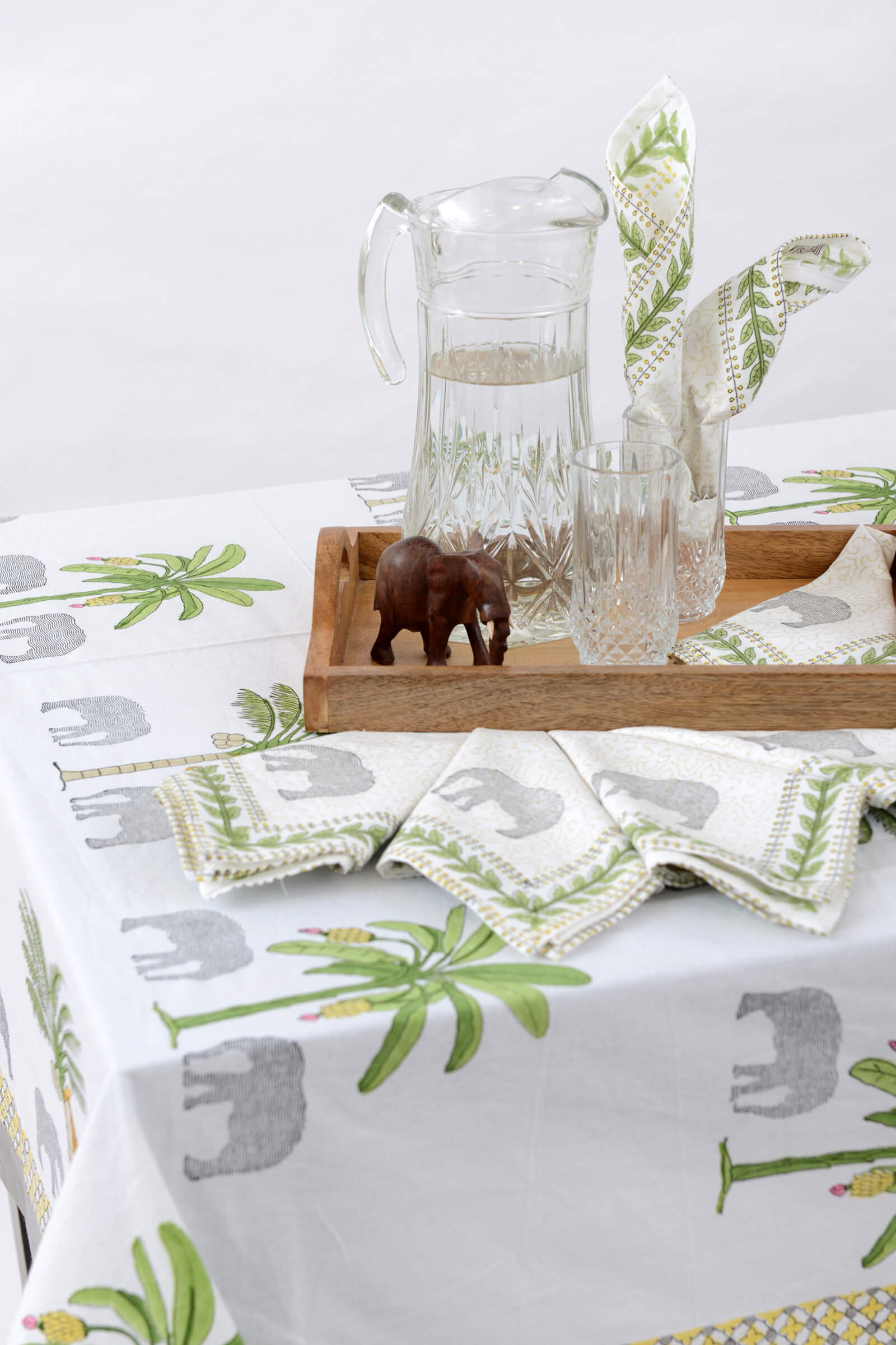 Thekkady  Table Cloth