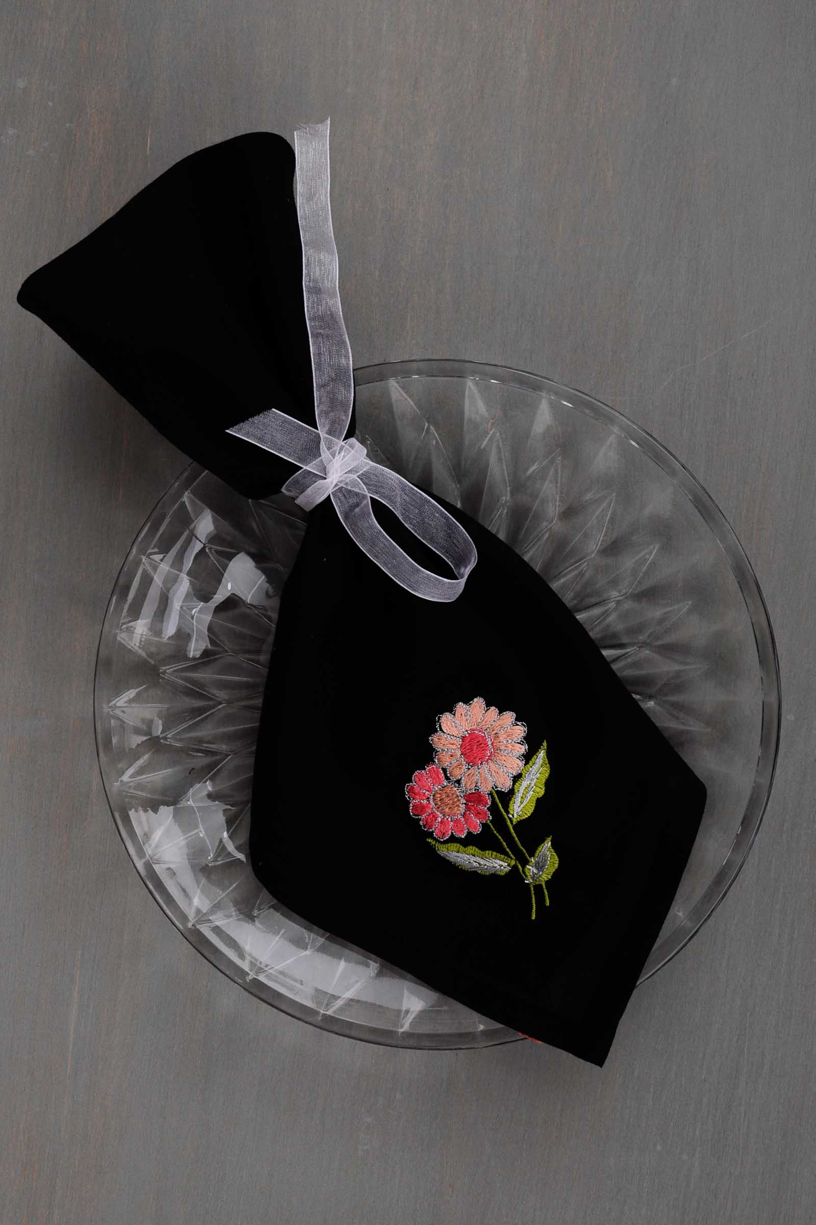 Black Beauty Napkin Set Of 6
