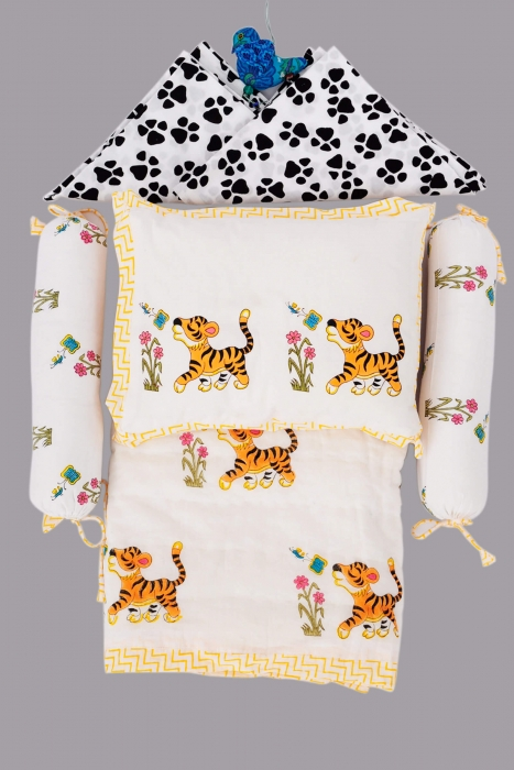 Baby Tigee Crib Set