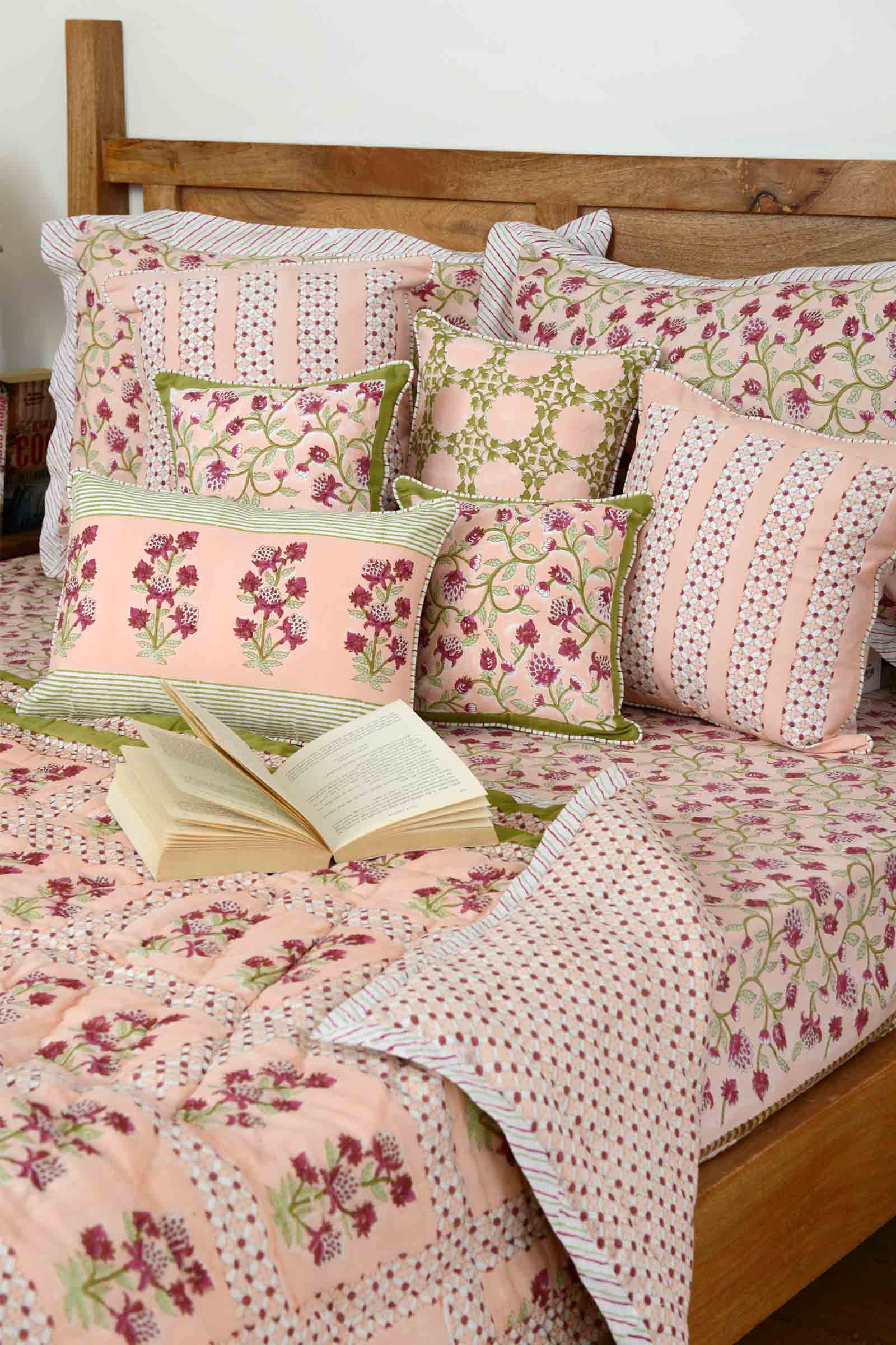 Poetic Summer Bed Cover