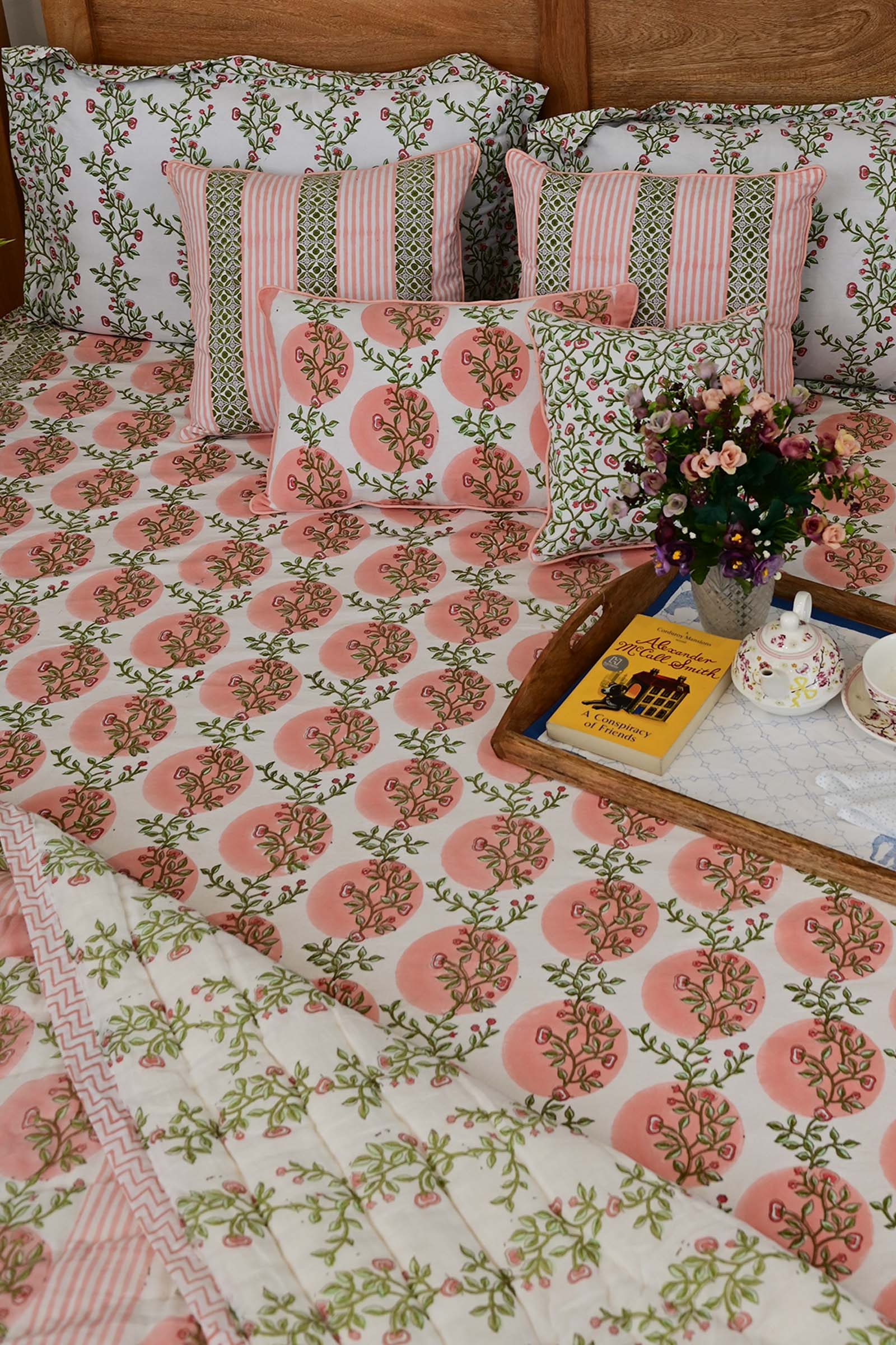 Blooming Trail Bed Cover