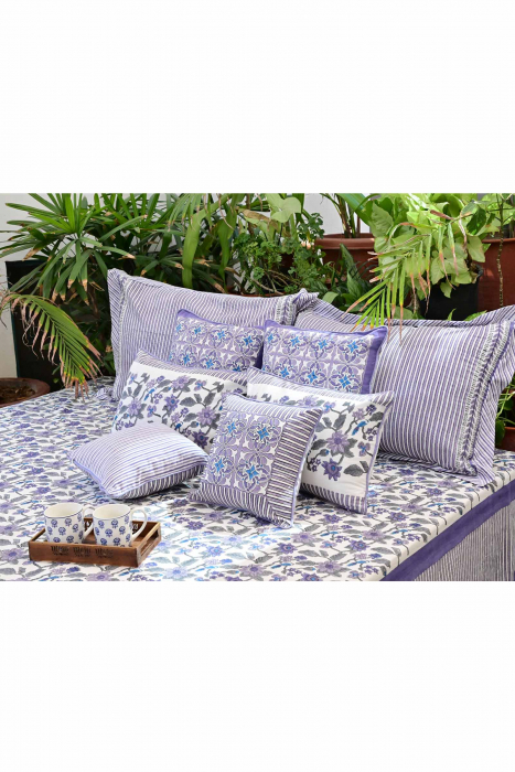 Artistic Lavender Bed Cover