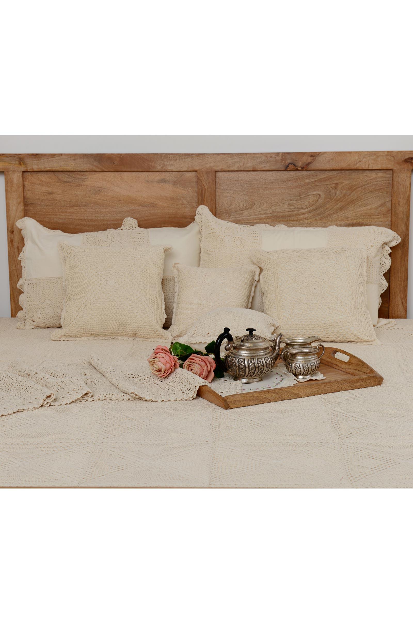 Crochet Diamond Bed Cover