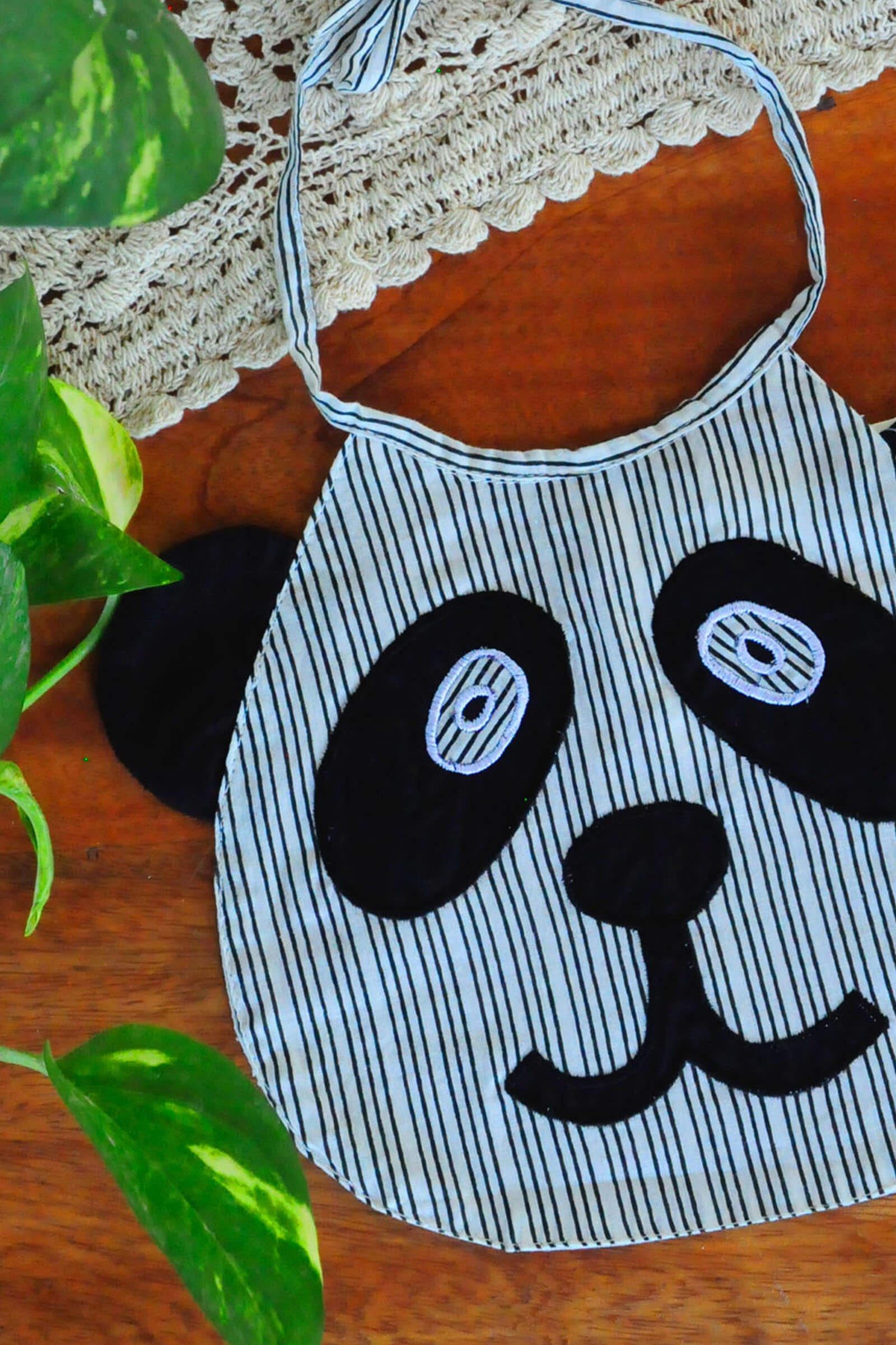 Baby Bib Panda