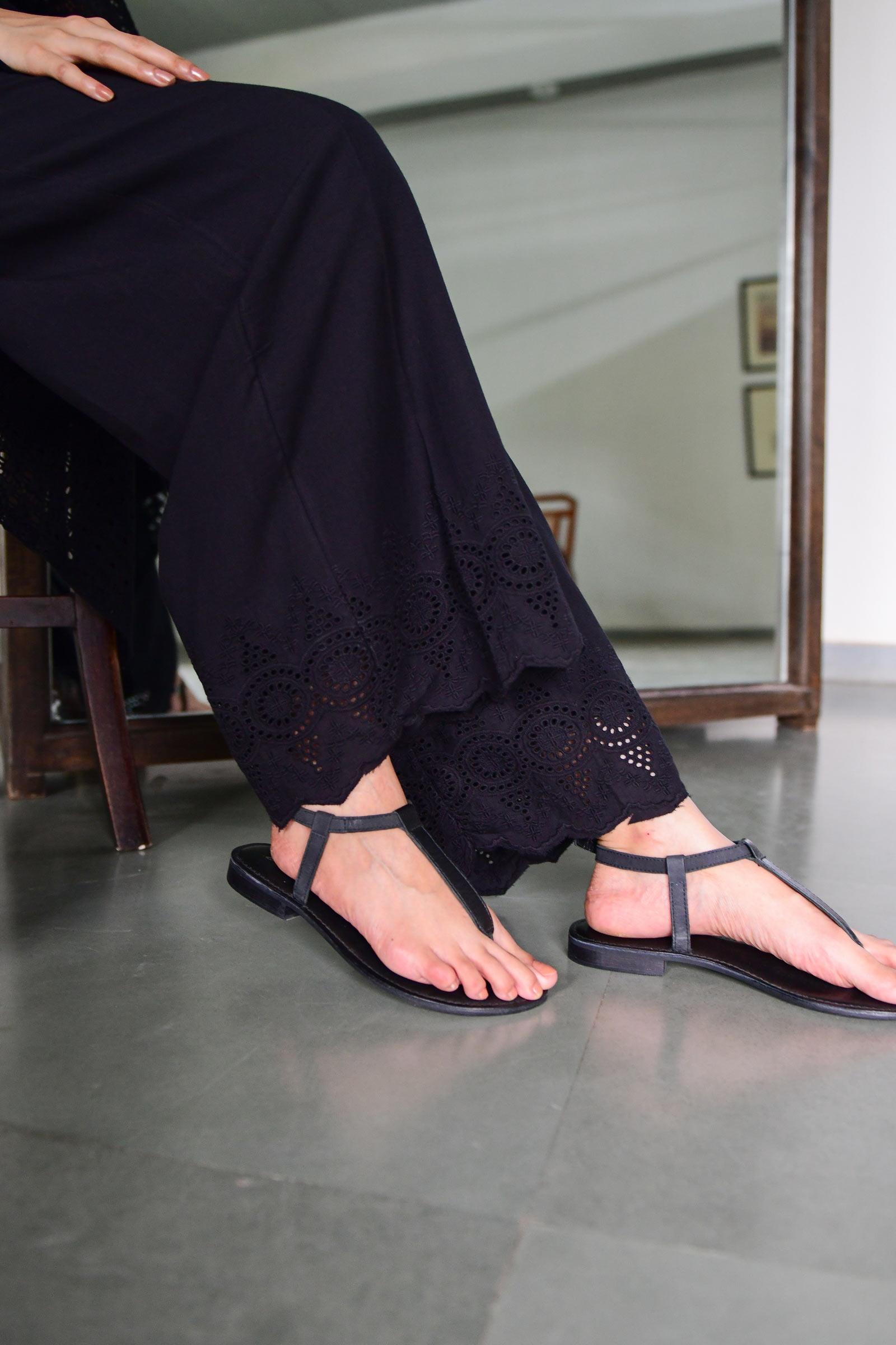 Hacoba Lining Black Pant