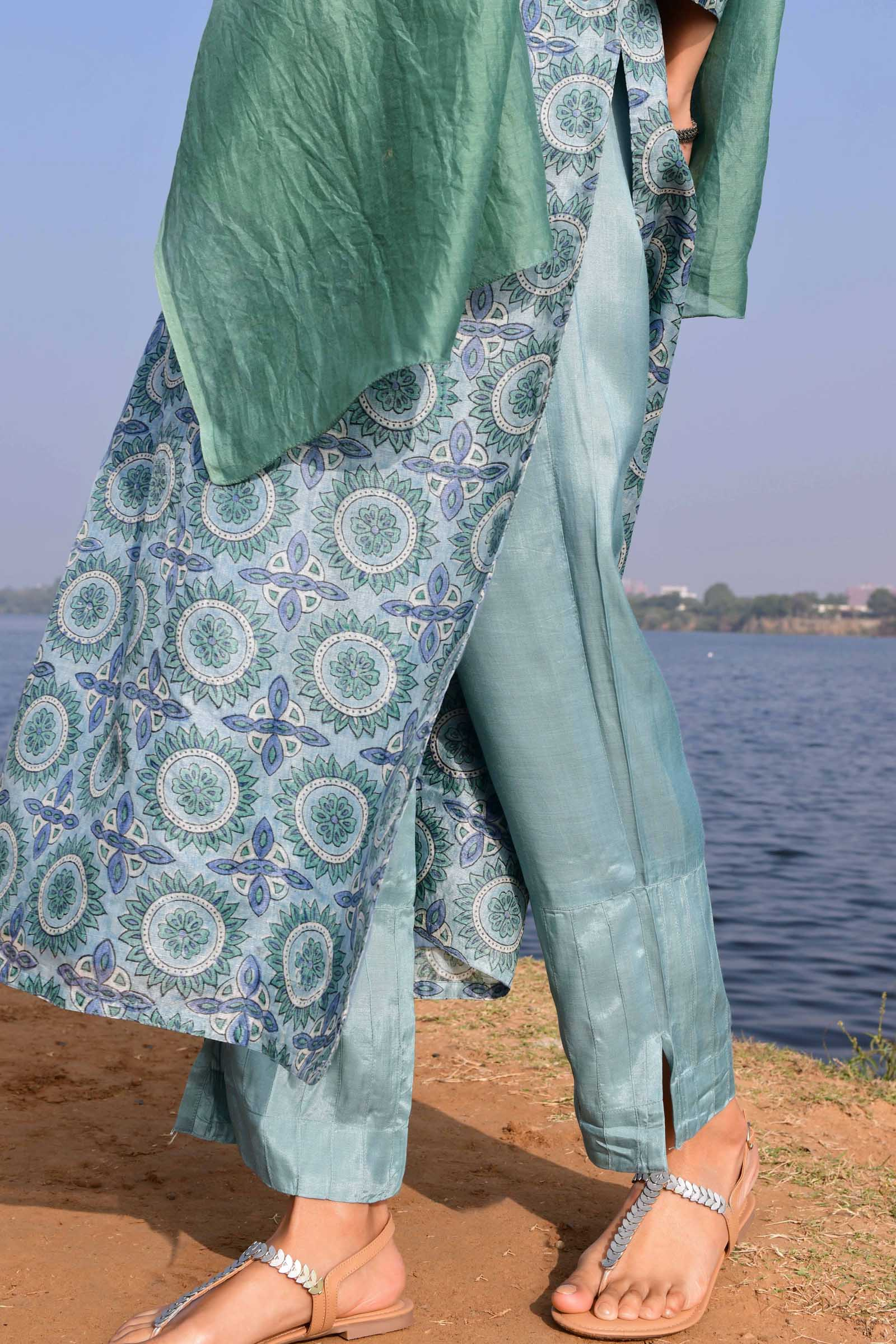 Blue crystals Assam Silk Cigarette Pant