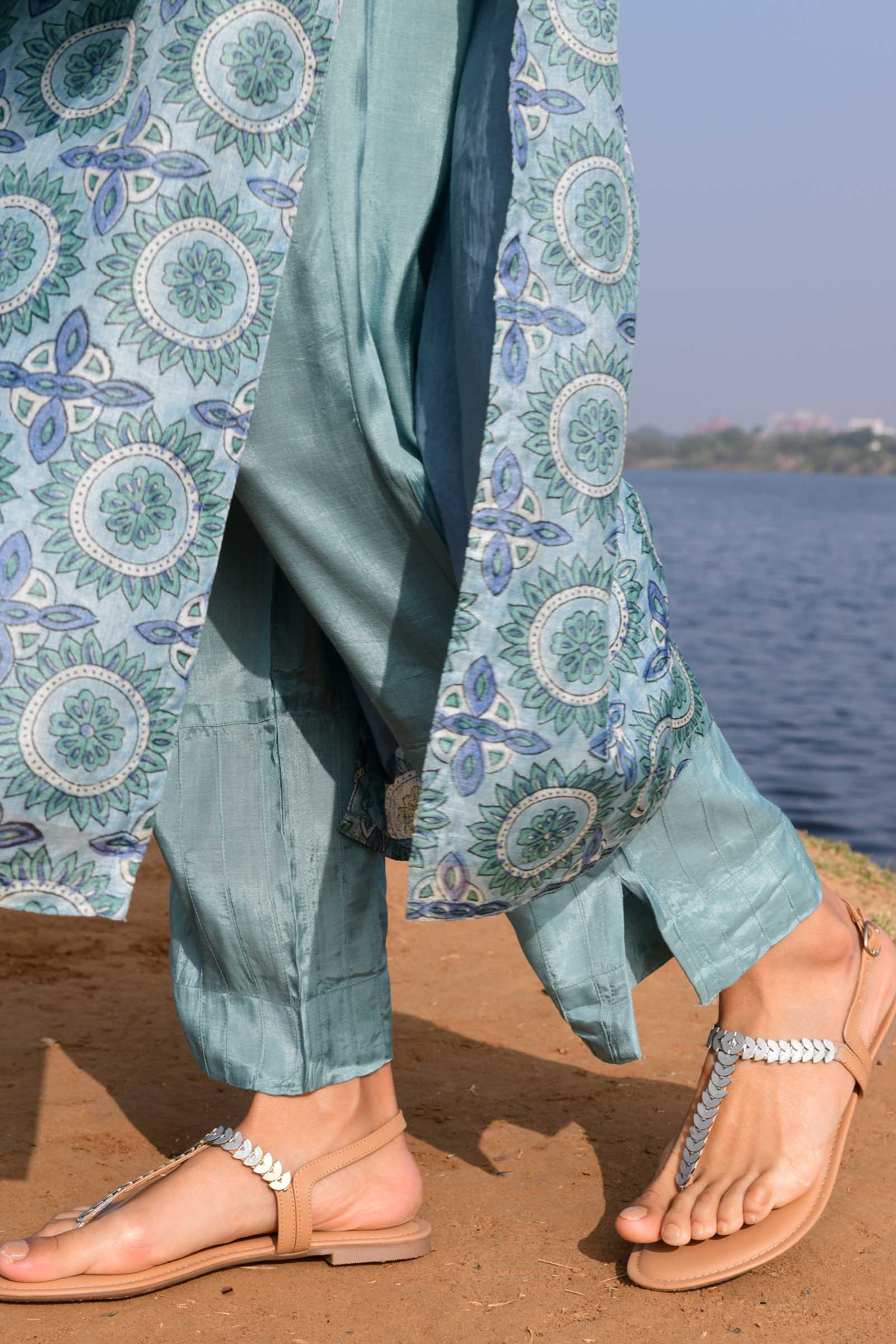 Blue crystals Assam Silk Cigarette Pant