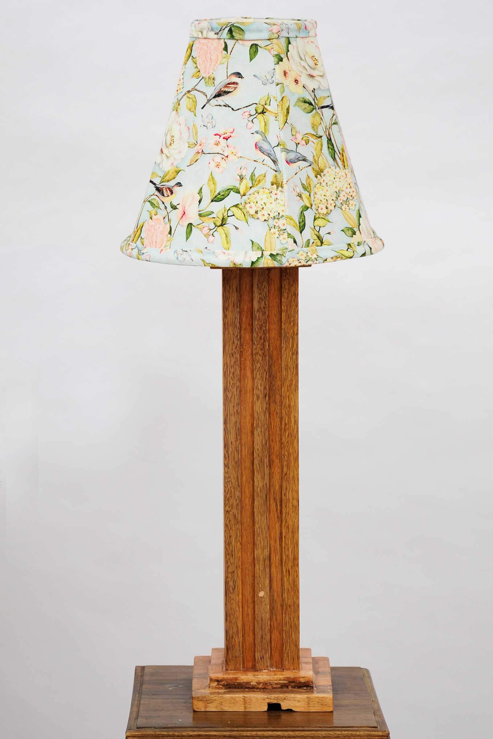 Brown sparrow lamp shade