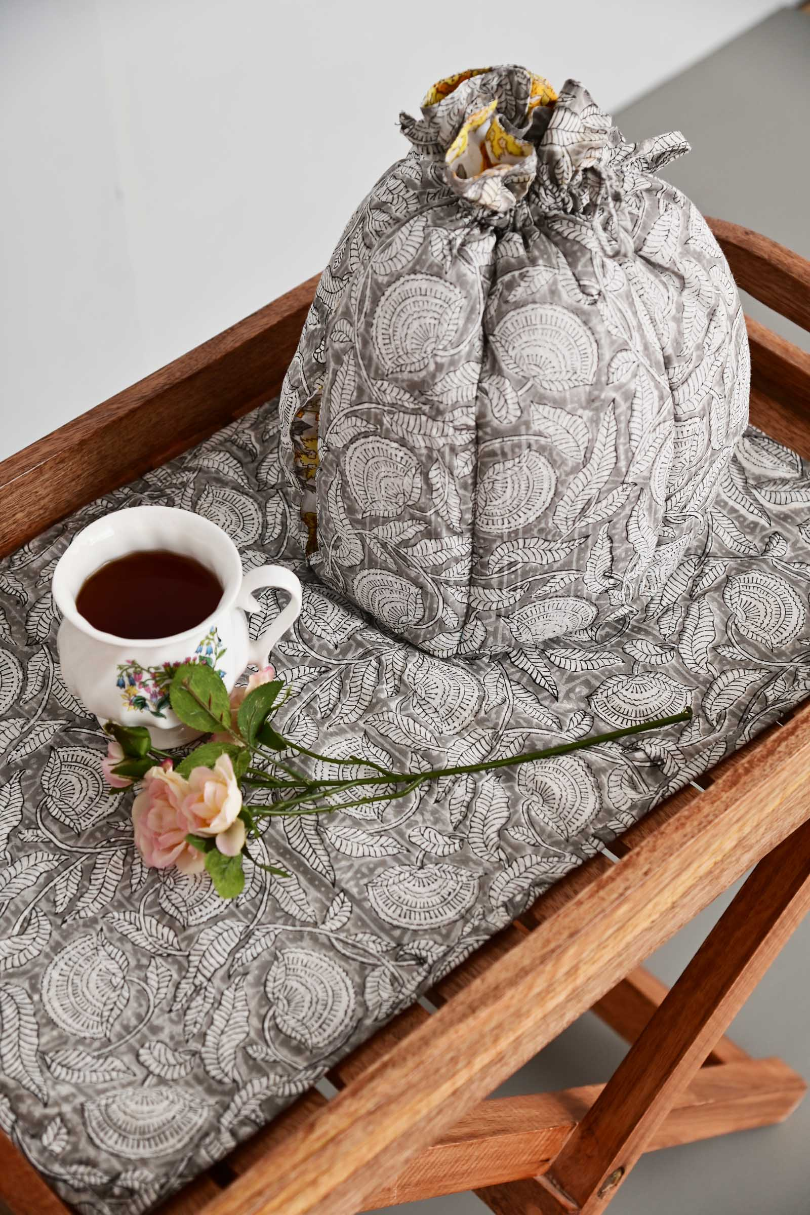 Bloom Room Tea Cosy Set