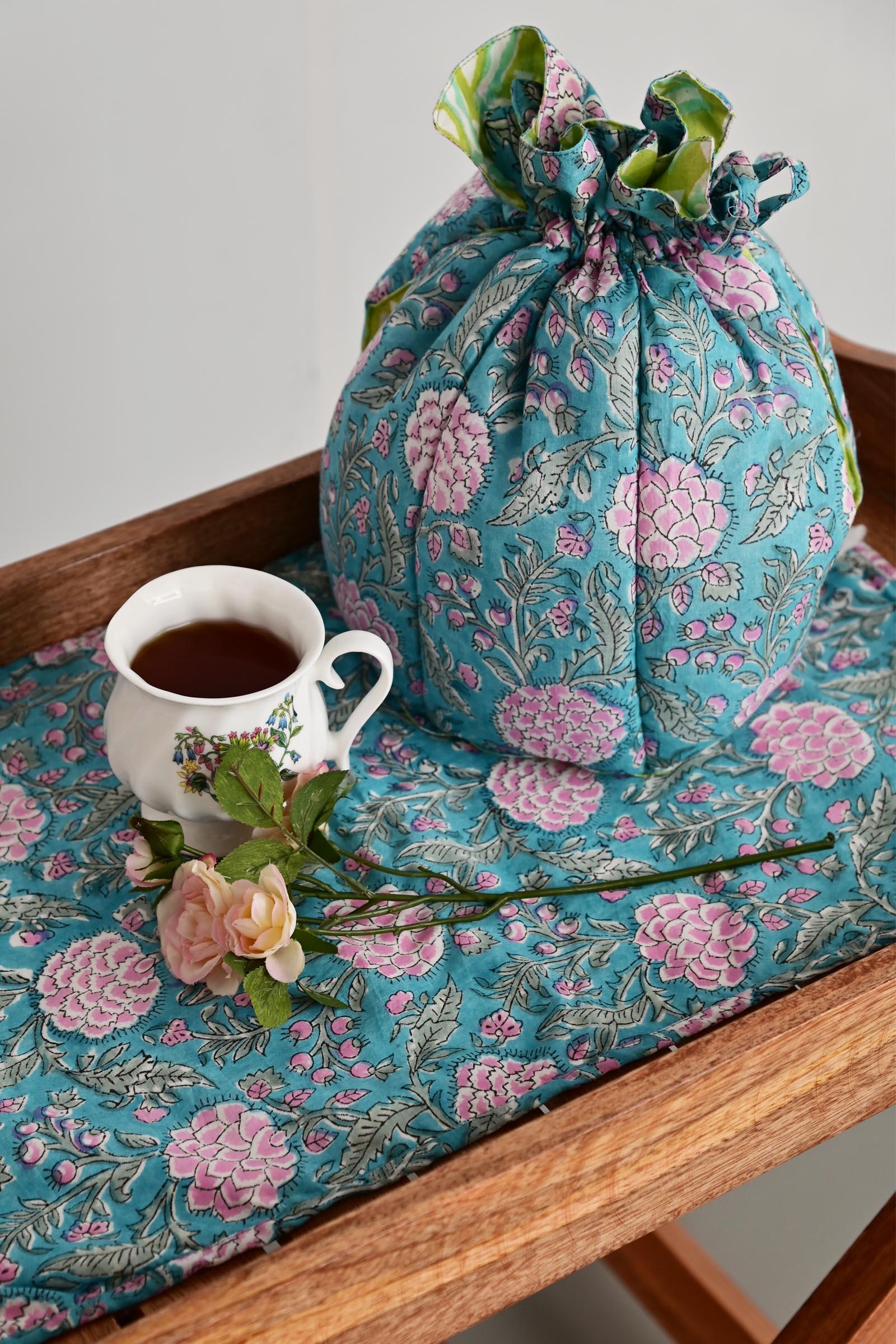 Green Grass Tea Cosy Set