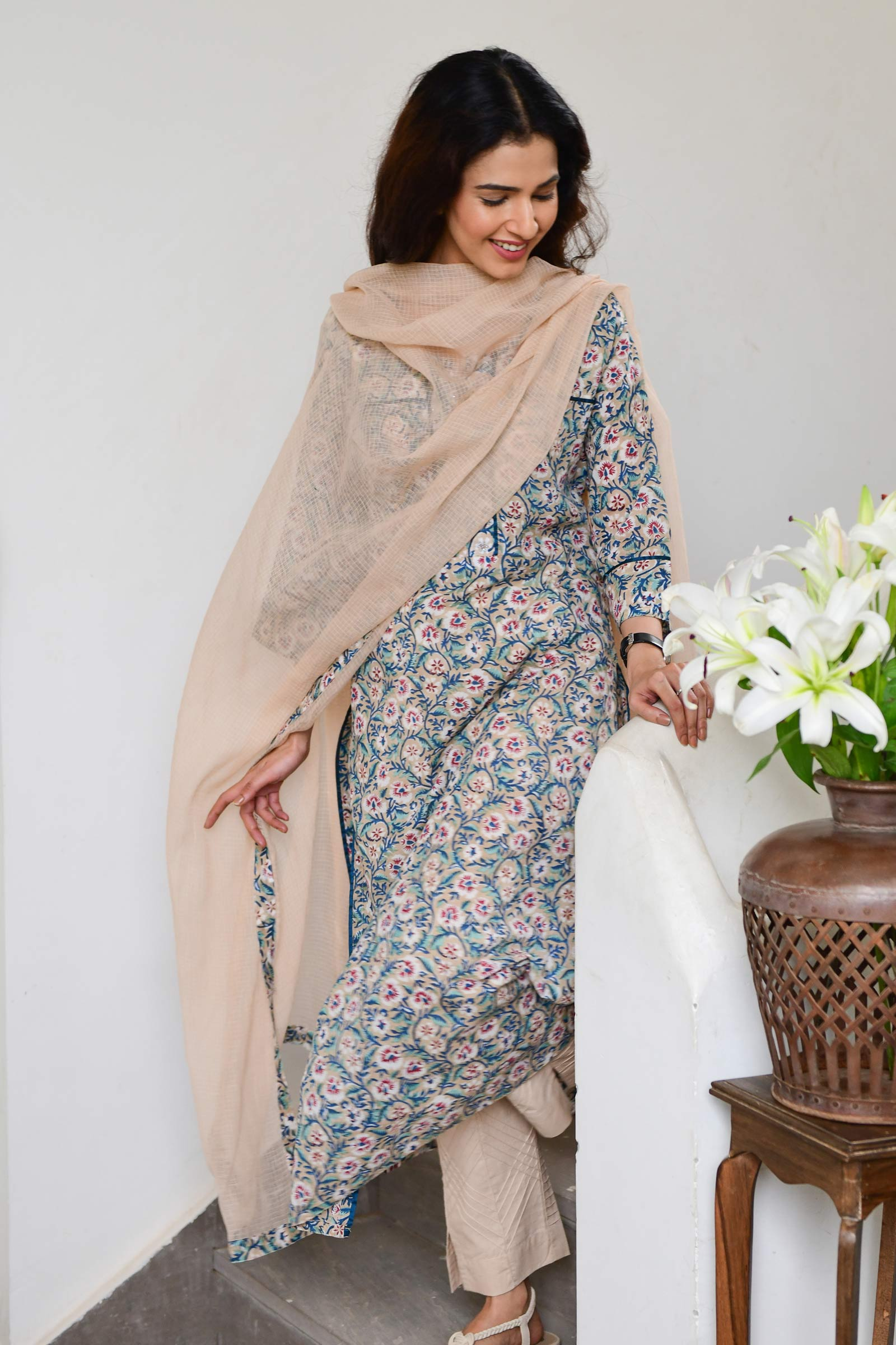 Muddy Flowers Dupatta