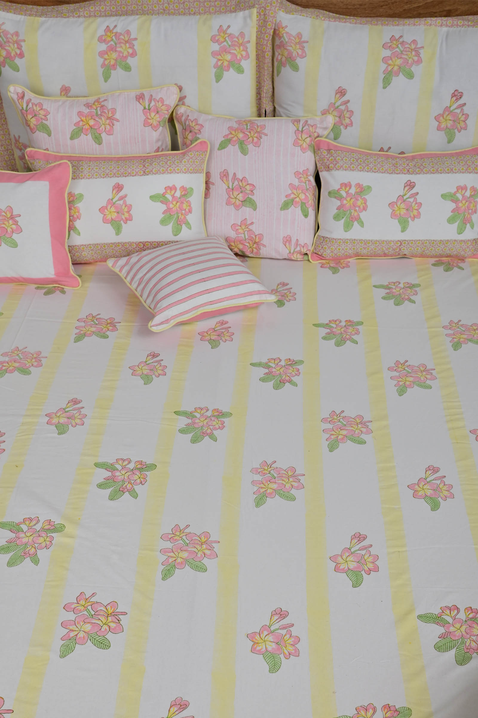 Frangipani Bed Cover