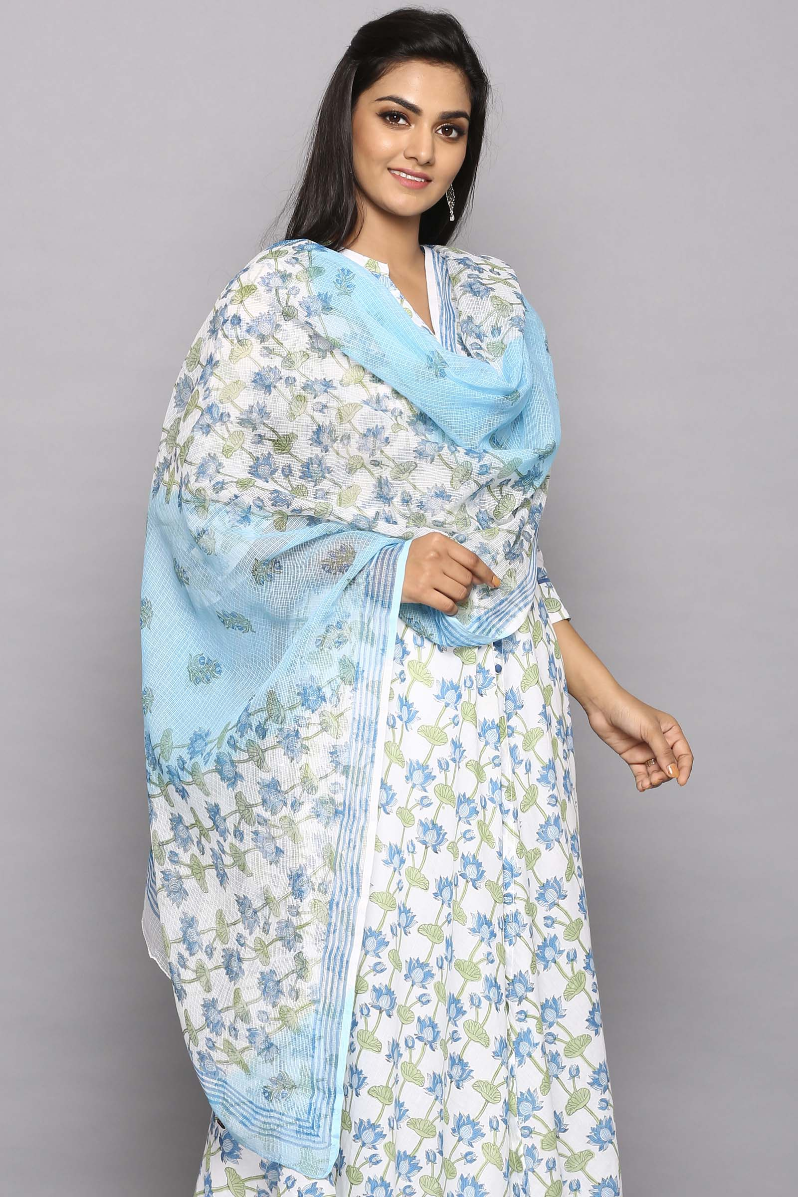 Indian Lotus Booti Kota Dupatta