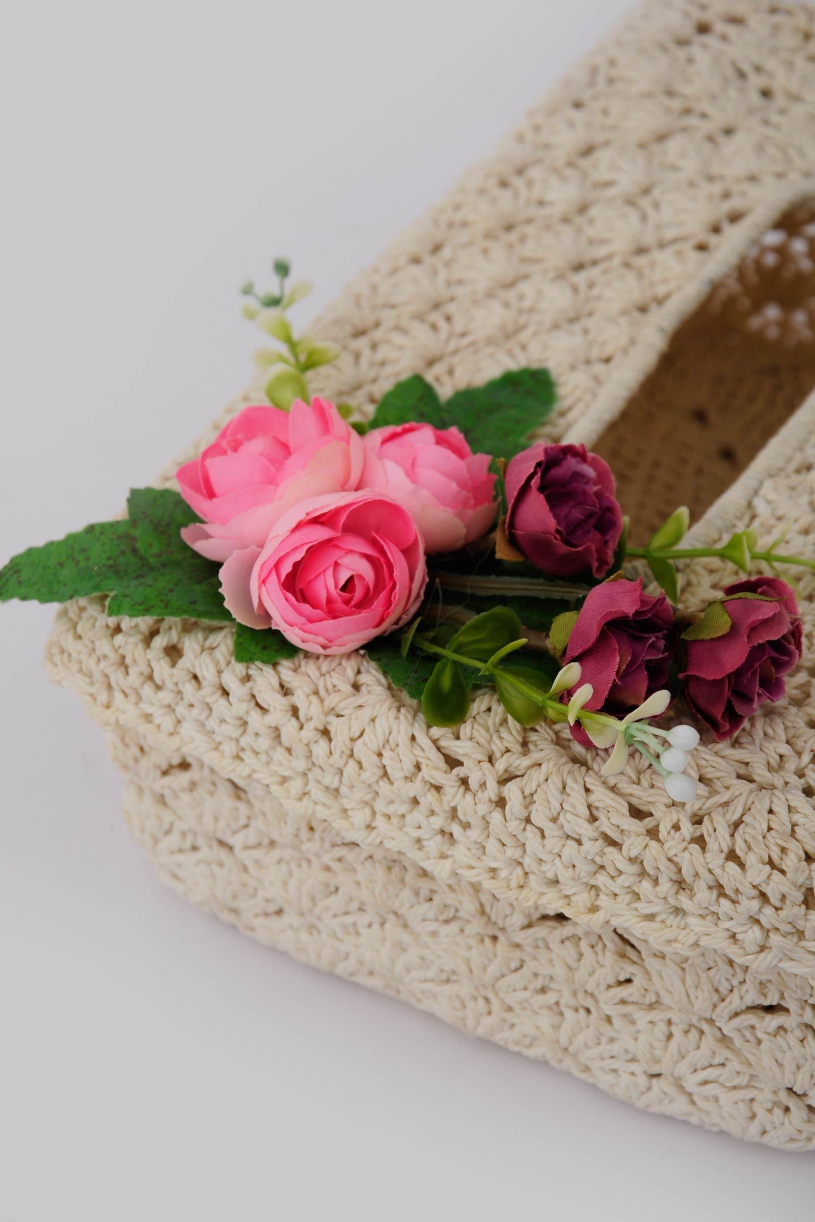 Rose tissue box