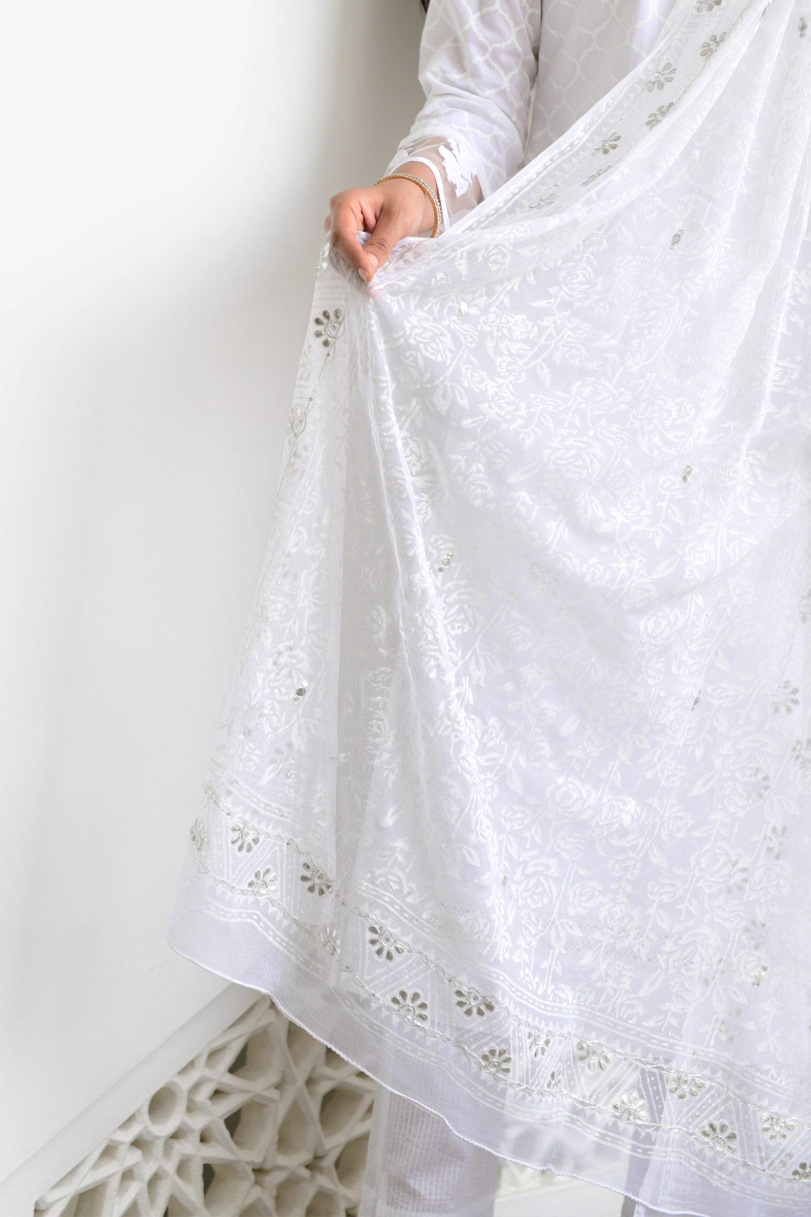 White Roses Dupatta