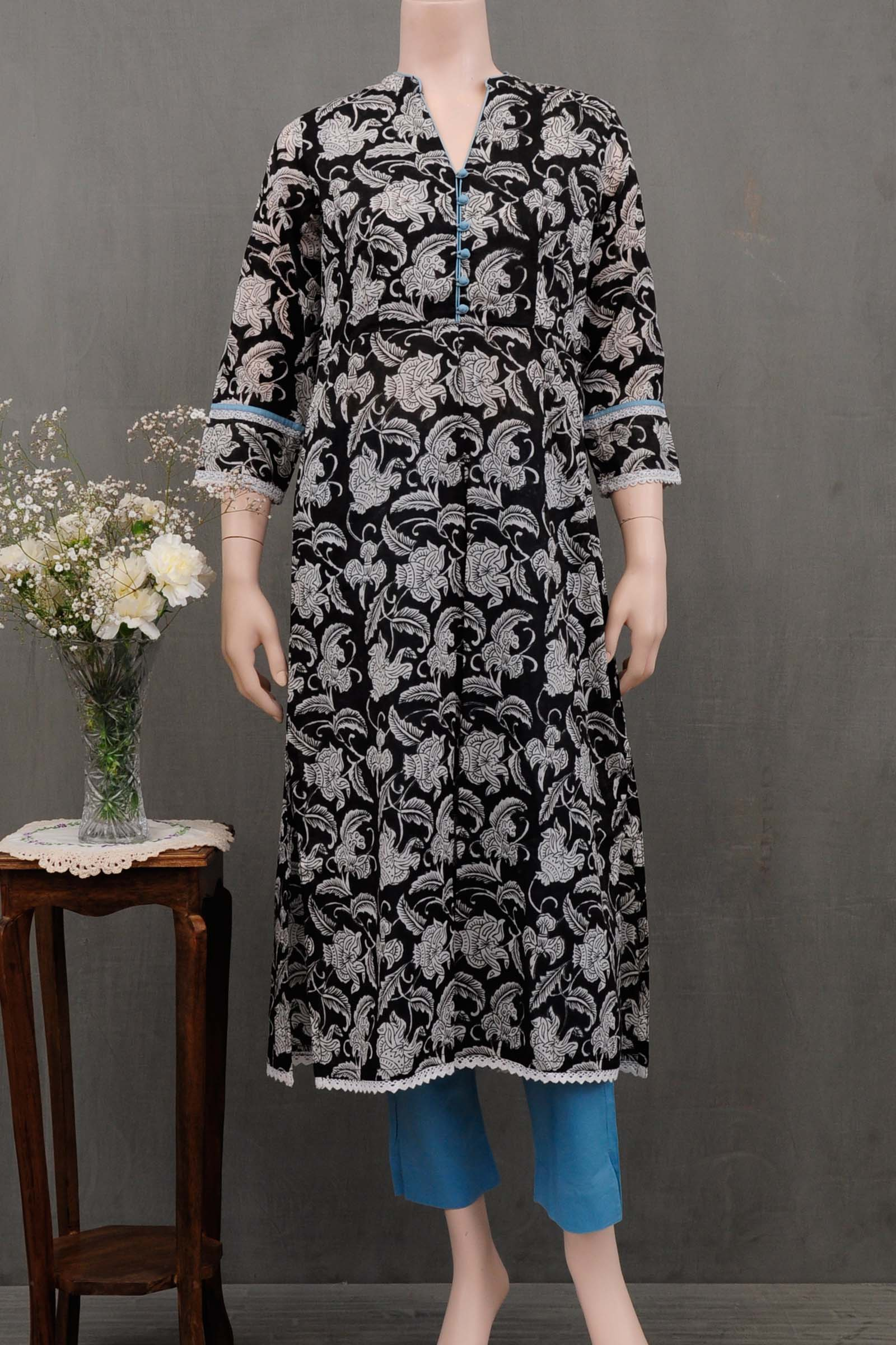 Night Blooms Voil Kurta