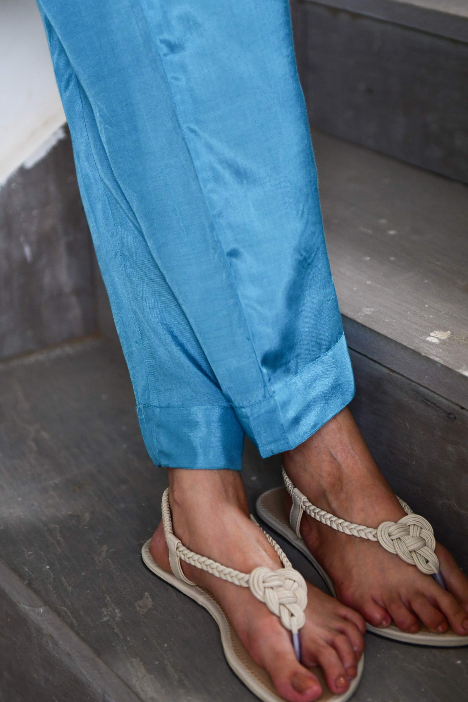 Oceanic Lily Cigarette Pant