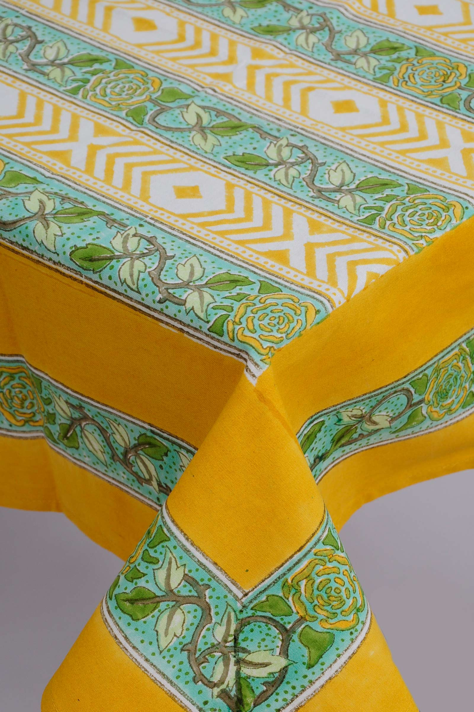 Perozah Border Table Cloth