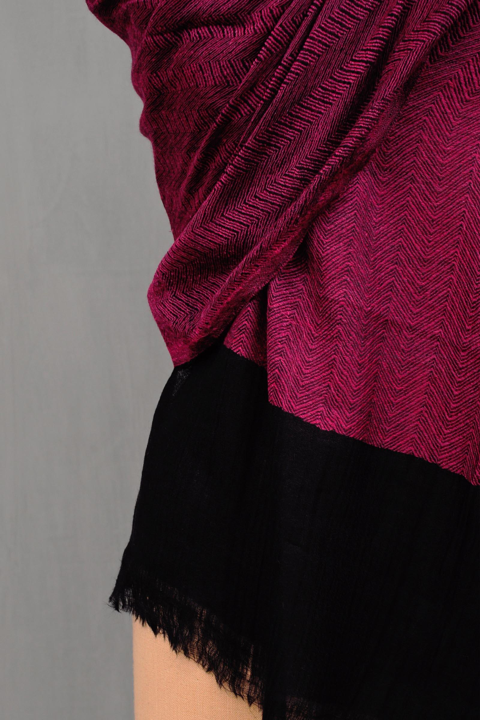 Pink woolen Stole