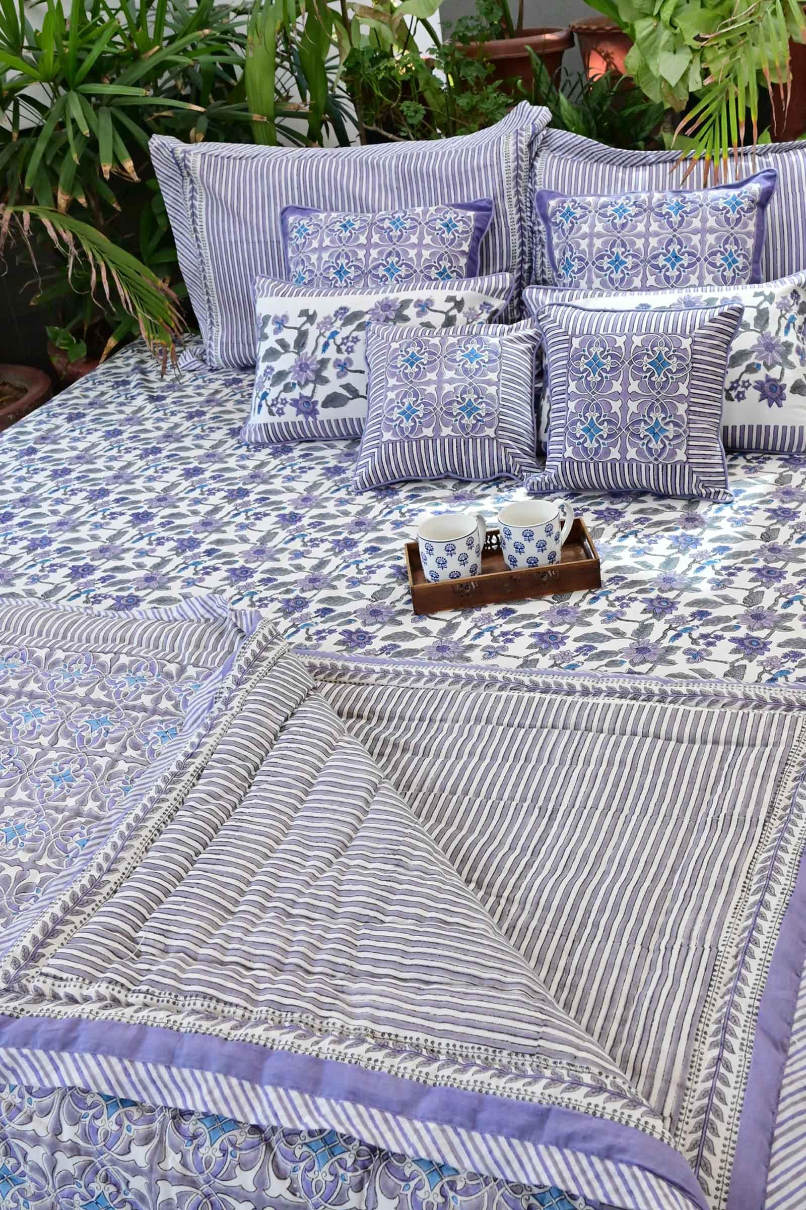 Artistic Lavender Quilts