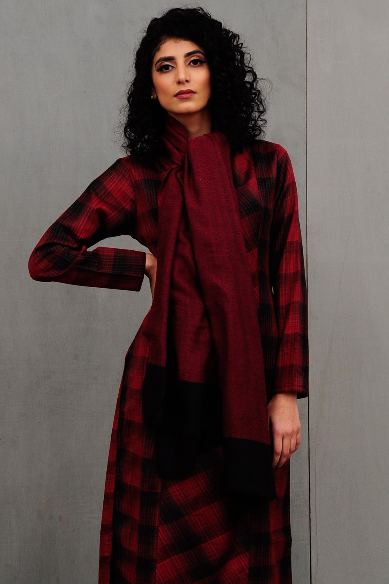 Red Woolen Stole