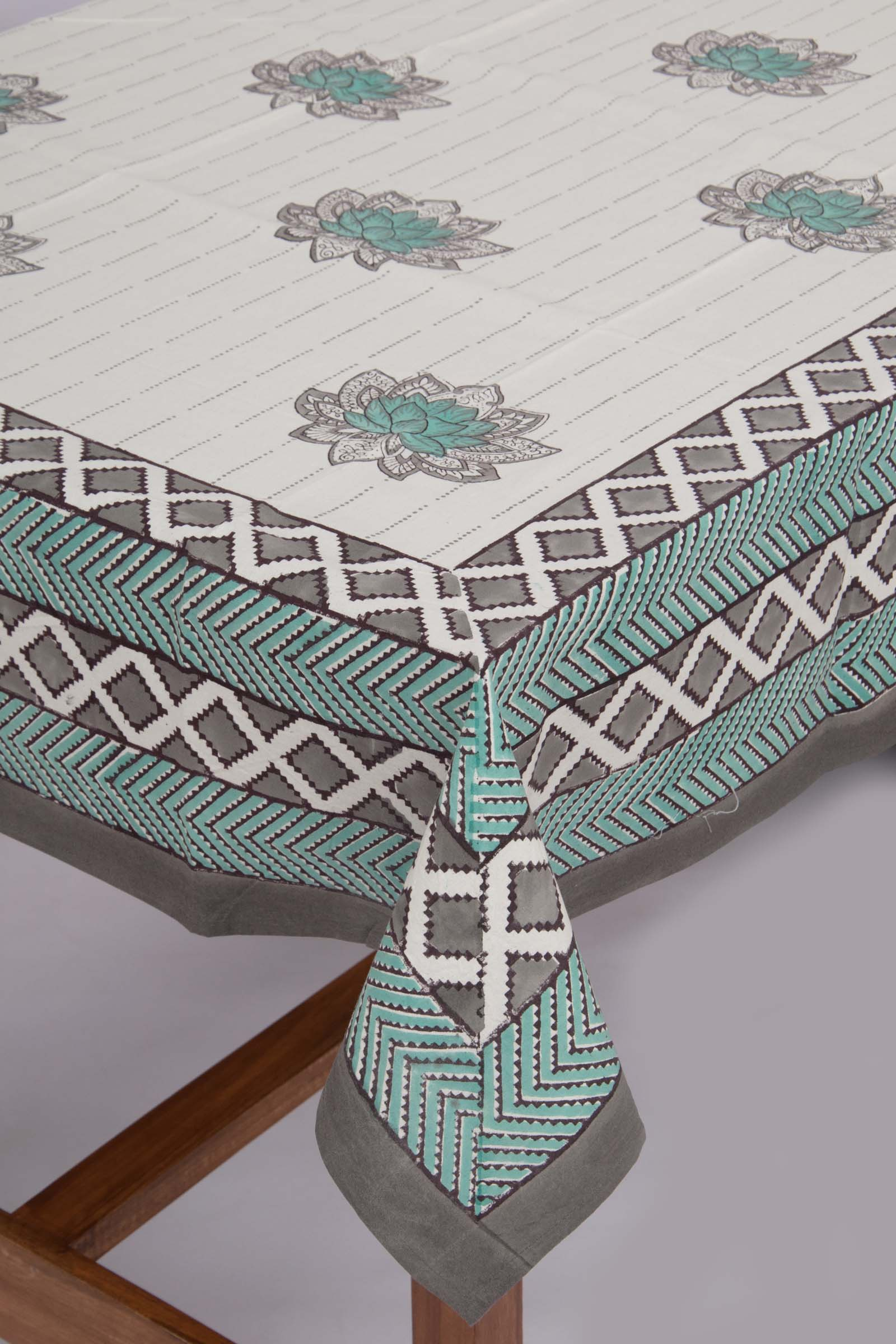 Lotus Sonata Table Cloth