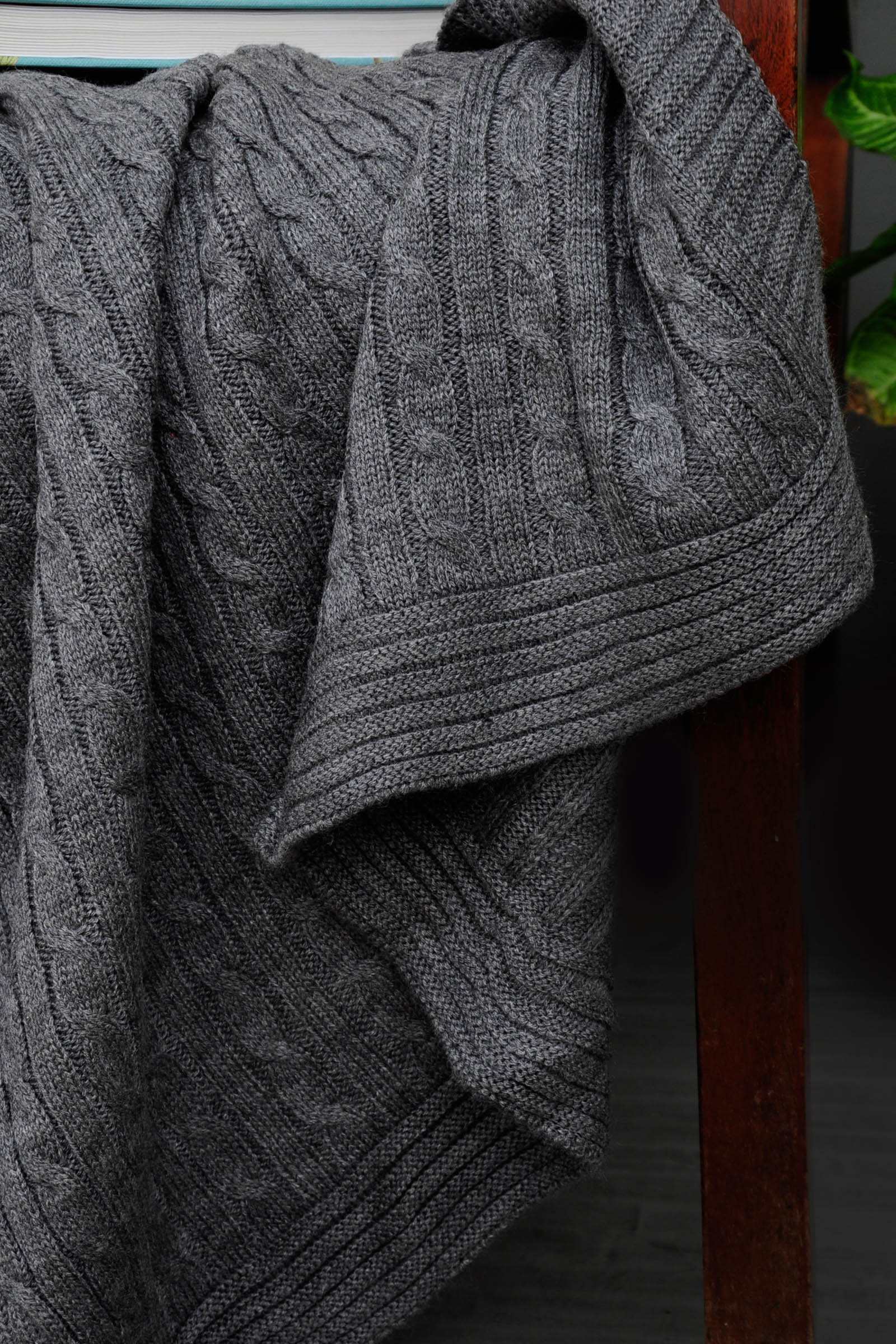 Woolen Throws Grey