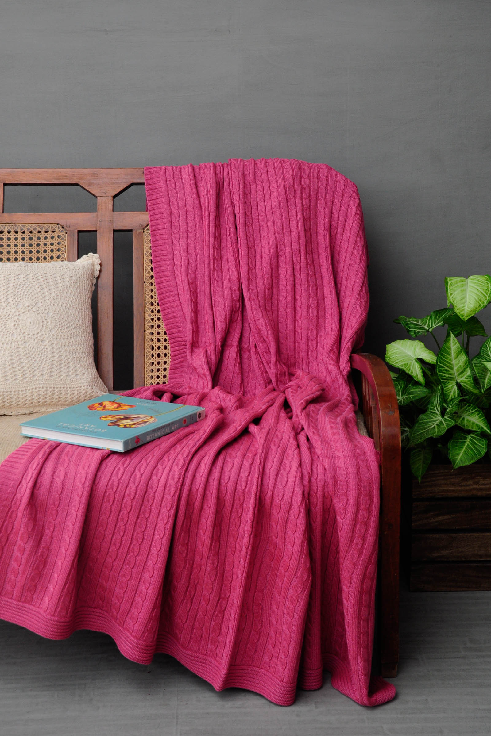 Woolen Throws Pink